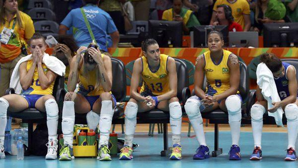 Bicampeã olímpica, seleção perdeu em jogo ontem para a China. / Foto: Reuters