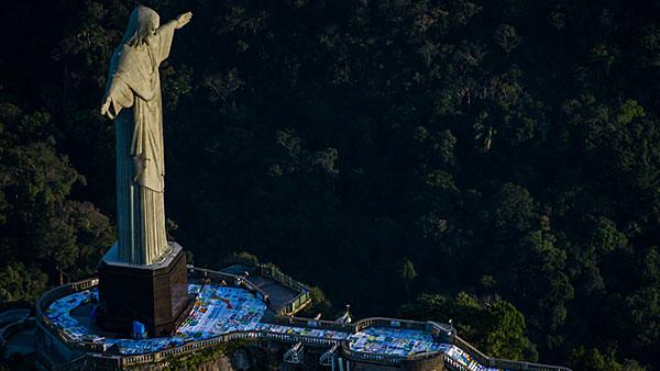 Jovens farão a tradicional Vigília aos pés do Cristo Redentor / Foto: Arquivo Arquidiocese do Rio
