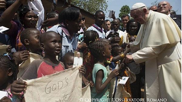 Francisco visitou o continente africano em novembro de 2015 / Foto: L'Osservatore Romano