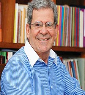 Prof. Felipe Aquino é autor de 46 livros e apresentador da TV Canção Nova./ Foto: Canção Nova