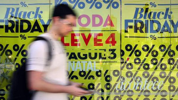 Black Friday movimenta consumidores em lojas físicas e virtuais / Foto: Rovena Rosa/Arquivo Agência Brasil)
