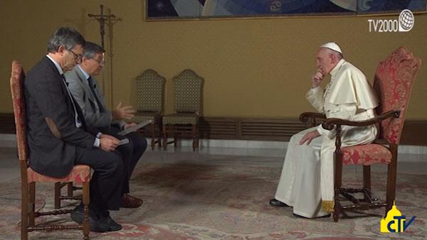 Papa responde pergunta sobre o Ano Santo e a vida da Igreja / Foto: Reprodução TV 2000