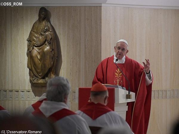 Papa Francisco durante missa na Casa Santa Marta / Foto: L'Osservatore Romano