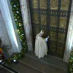 Francisco fecha Porta Santa da Basílica de São Pedro / Foto: Reprodução CTV