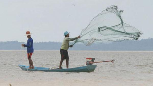 Pescadores precisam ter seus direitos garantidos, atenta Vaticano / Foto: Arquivo-Agência Brasil