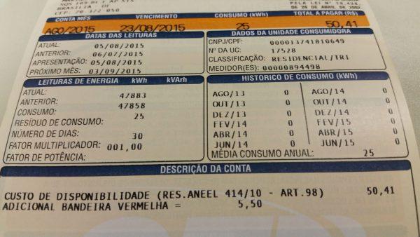 Conta de Luz com tarifa vermelha./ Foto: Agência Brasil