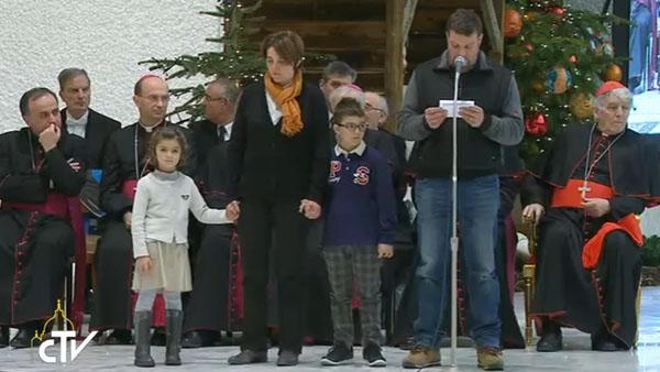 Família conta para o Papa o que tem vivido desde o terremoto / Foto: Reprodução CTV
