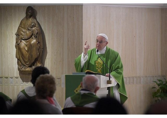 Papa durante homilia na Casa Santa Marta / Foto: Arquivo-RV