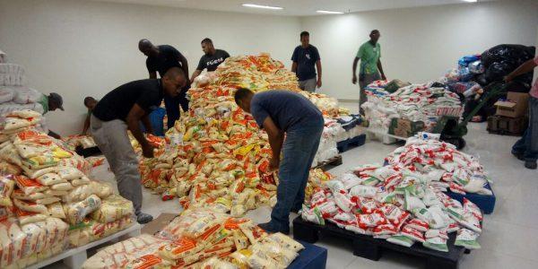 Alimentos_para_Haiti_doacao