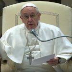 Papa recorda vítimas do tráfico humano