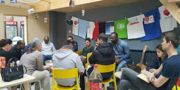 Com ajuda de voluntários, refugiados recomeçam a vida na Croácia / Foto: caritas.org