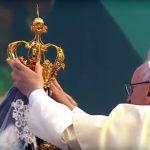 No Peru, Papa presta homenagem à 'Virgem de la Puerta'