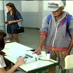 Eleitores brasileiros foram as urnas para exercer a cidadânia