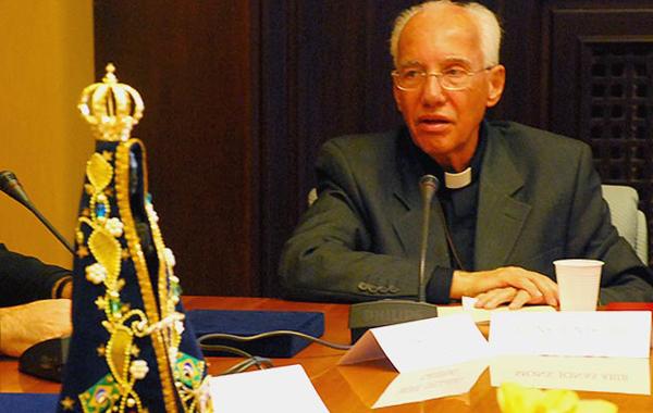 12 Reconhecimento Pontifício