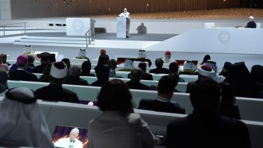 Papa destaca fraternidade em encontro inter-religioso em Abu Dhabi