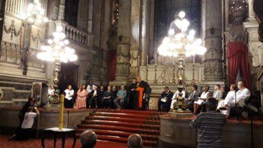 Ato inter-religioso na Candelária reforça esperança frente a tragédias