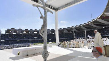 Sejam oásis de paz, pede Papa aos católicos de Abu Dhabi