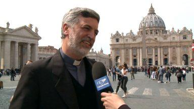 """Padre sobre nova exortação do Papa: """"Fala ao coração dos jovens"""""""