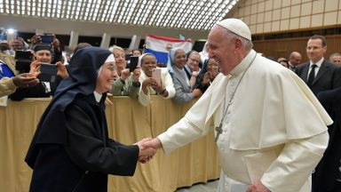 Amazônia, abusos, diaconato feminino: o encontro do Papa com as superioras