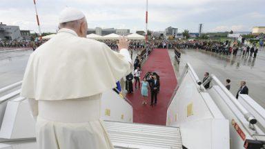 Fim da Viagem Apostólica: Papa Francisco deixa a Romênia
