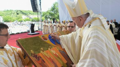 Papa beatifica 7 bispos: deixaram ao povo romeno uma herança preciosa