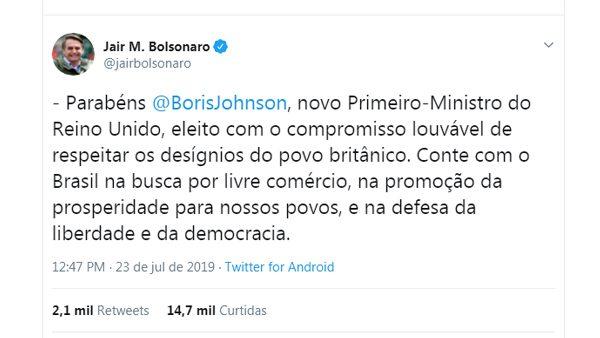31356d42f7d06 Parabenização aconteceu por meio da conta do presidente brasileiro no  twitter