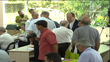Segundo dia de atividades: bispos discutem temas polêmicos do Sínodo