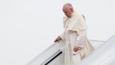 Papa chega ao último destino de sua 31ª Viagem Apostólica: Maurício