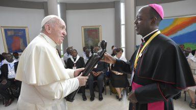 Comunidade de Xai-Xai encontra Papa em Moçambique