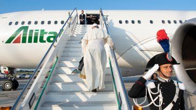 Durante voo à África, Papa conversa com os jornalistas