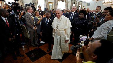 Papa pede futuro de paz e reconciliação às autoridades moçambicanas