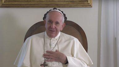 A língua do Evangelho é o amor, diz Papa aos habitantes de Maurício