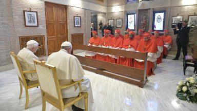 Bento XVI aos novos cardeais: lembrem-se do valor da fidelidade ao Papa