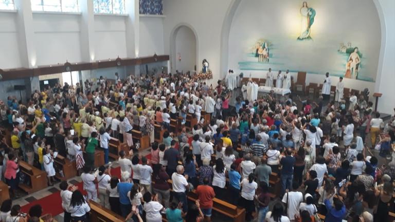 primeira-missa-no-santuario-irma-dulce_FotoRogeriaNair.jpg