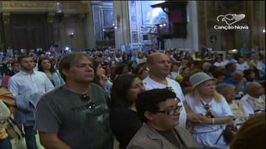 Em Roma, brasileiros celebram em Missa a canonização de Irmã Dulce