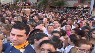Círio de Nazaré move multidões pelas ruas da capital paraense