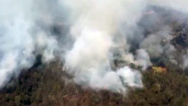Incêndio na Austrália deixa 50 casas destruídas em 1 milhão de hectares
