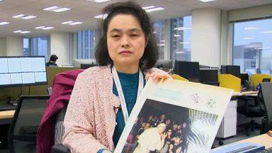 O encontro de uma deficiente visual japonesa com o Papa