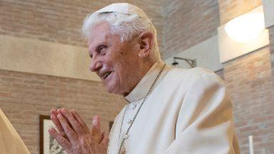 Em carta, Bento XVI destaca a misericórdia em São João Paulo II