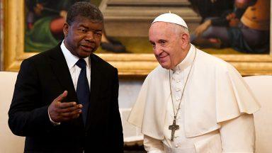 Papa Francisco recebe em audiência o presidente da Angola