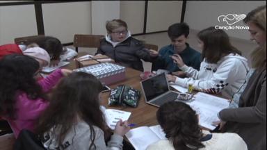 Em Fátima, jovens portugueses aprofundam temas para a JMJ