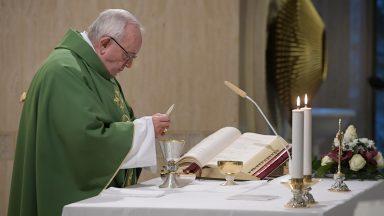 A autoridade não é comando, mas coerência e testemunho, adverte Papa