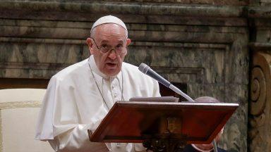 O próprio Cristo está no pobre que encontramos, afirma Papa