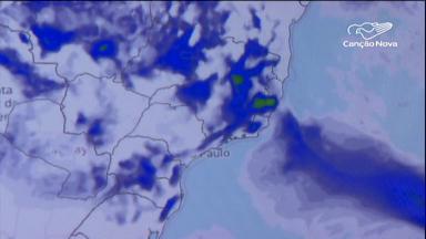 Frente fria com chuva é alerta à população para não correr risco