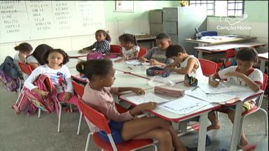 Novo programa de alfabetização prevê até intercâmbio com Portugal