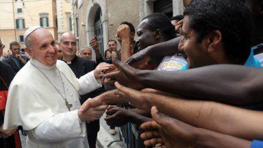 Em carta, Papa manifesta solidariedade aos refugiados