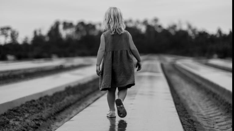 menor crianca protecao derek thomson Austrália tem relatórios positivos sobre proteção de menores na Igreja