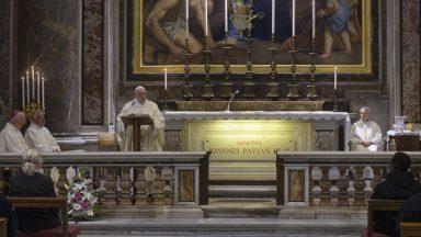 Papa preside Missa pelo centenário de nascimento de São João Paulo II