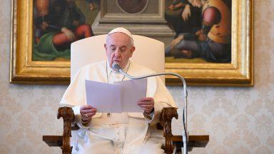 Papa: desigualdade social e degradação ambiental andam de mãos dadas