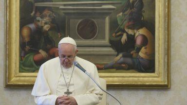 Papa na catequese: Davi é nobre porque reza. A oração nos dá nobreza